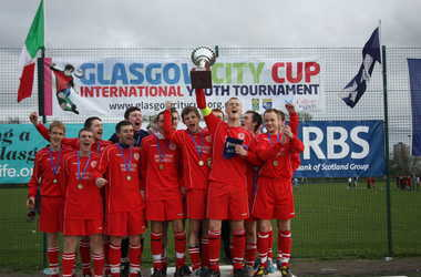 Campsie Black Watch 19s Winners Easter 2011